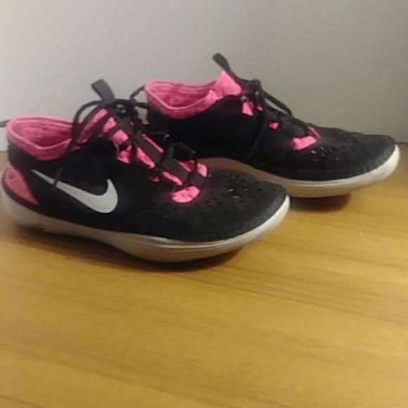 "Nike Shoes - ""NIKE"" WOMEN'S BLACK & PINK WATERSHOES"